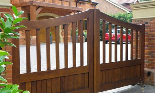 Residential home Gates